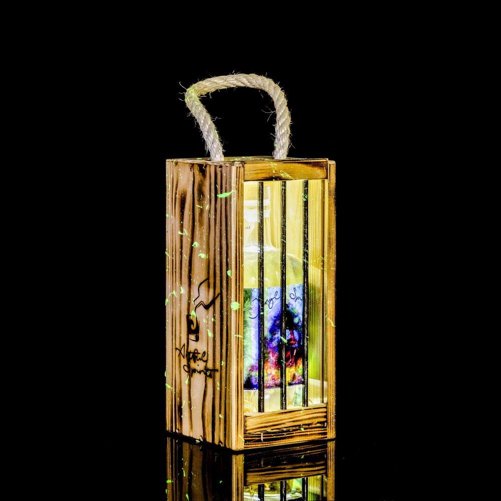 Infused Vodka Kokos-Honigmelone mit geschlossener Holztransportbox